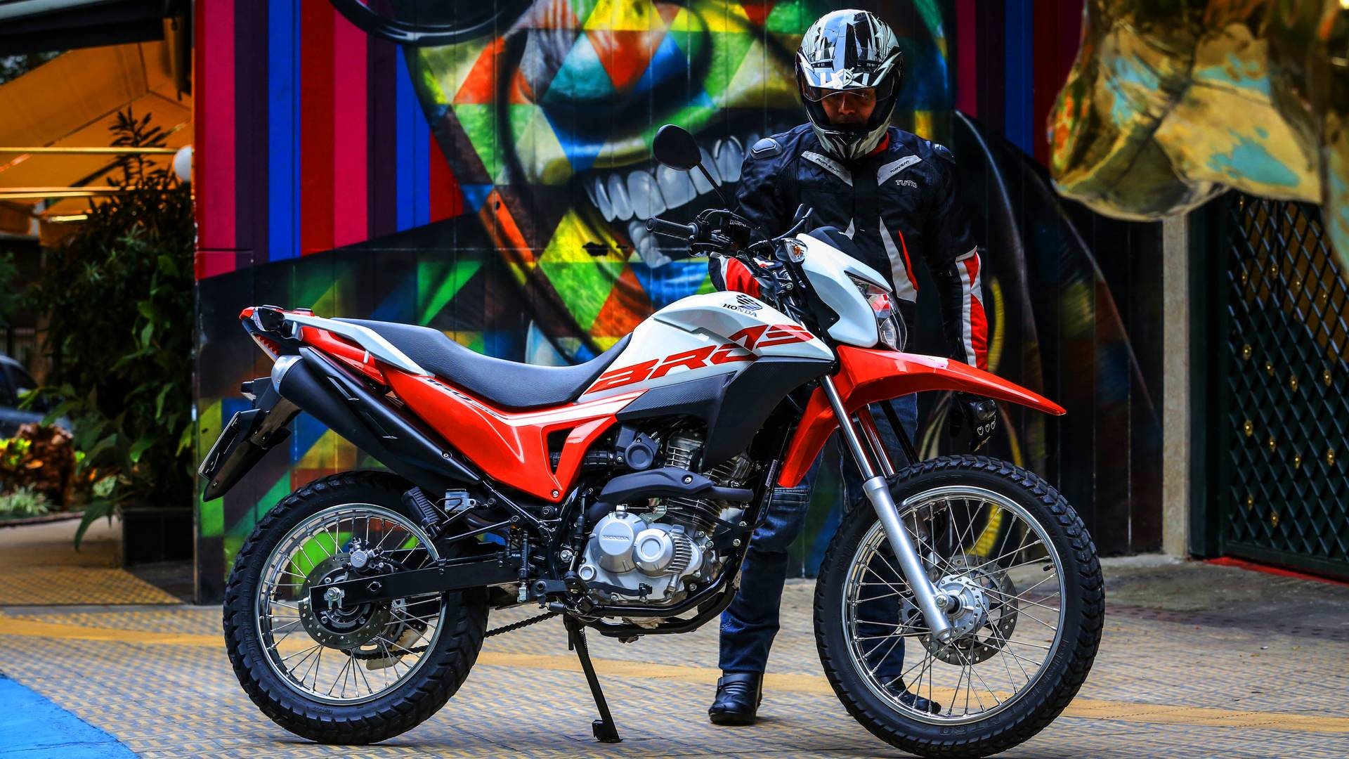 Honda Bros 2020